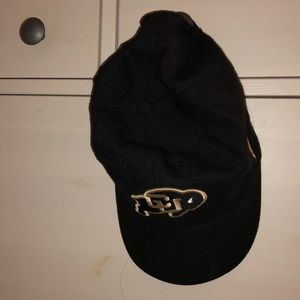 Boulder Black Cap